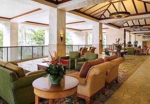 property living room Resort Lobby home condominium Villa cottage hacienda porch mansion outdoor structure