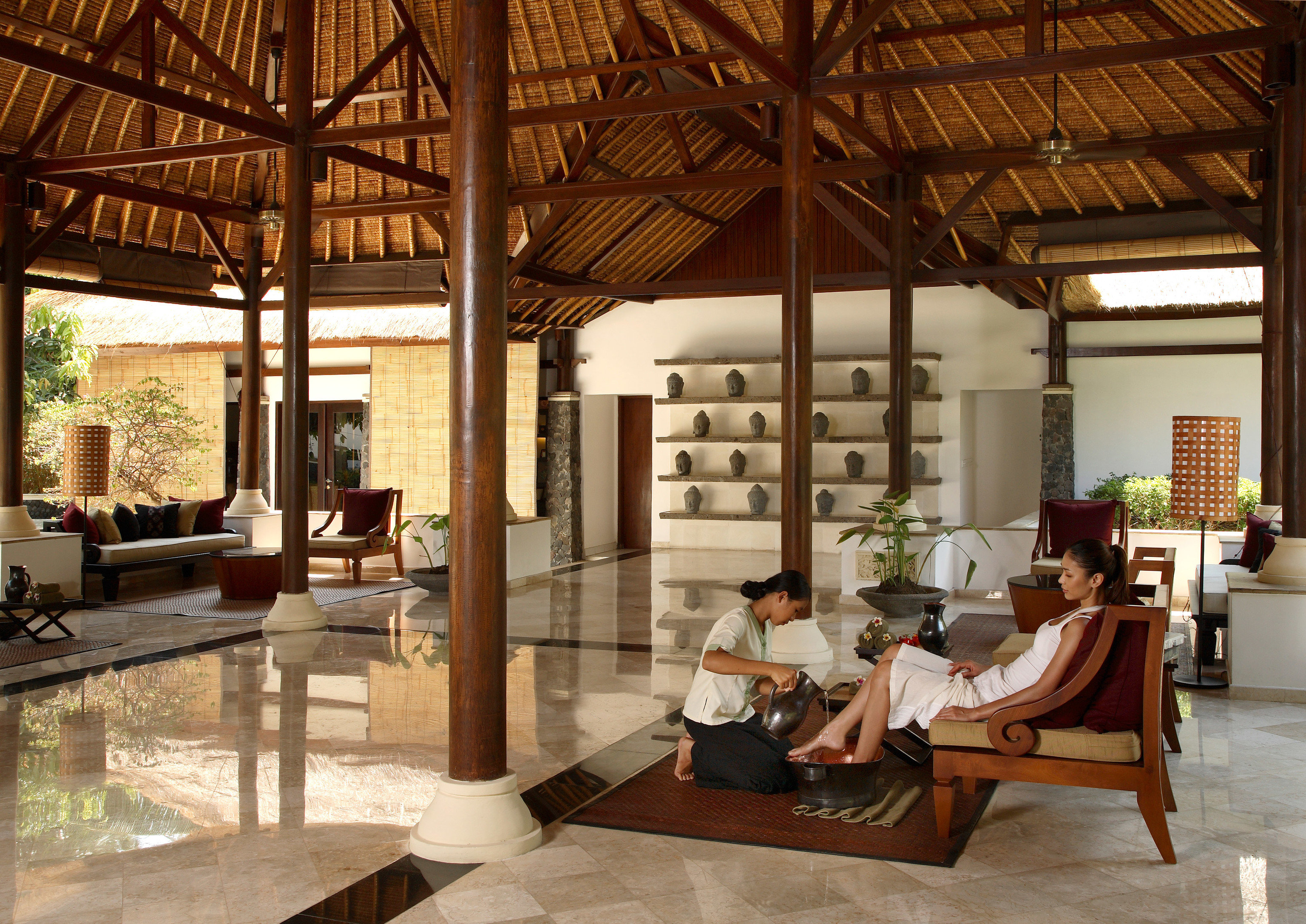 property living room home Villa outdoor structure Resort cottage Lobby farmhouse