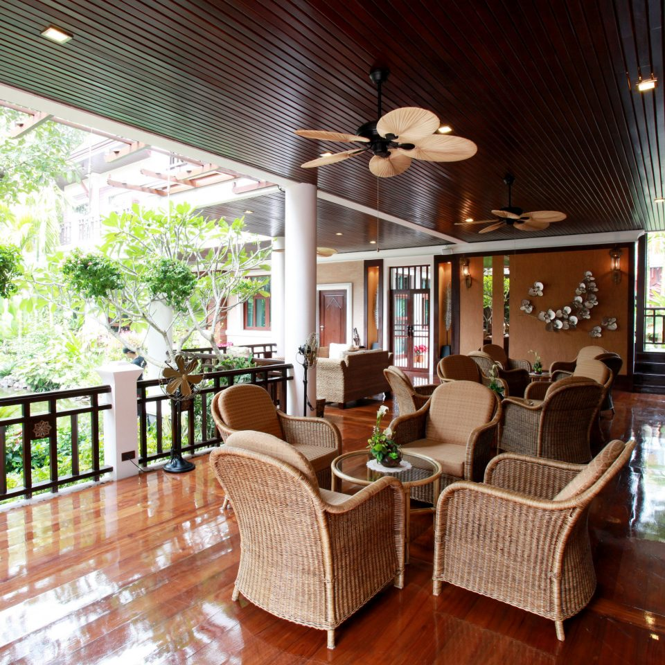 property Resort home Villa cottage restaurant Lobby hacienda mansion