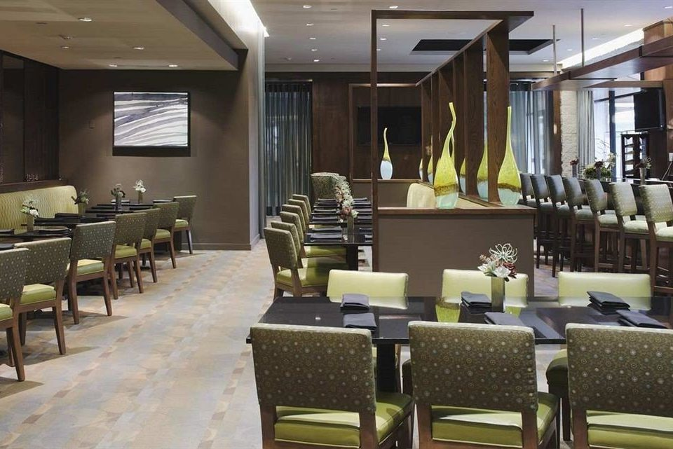 property Lobby function hall restaurant conference hall convention center condominium Suite ballroom arranged