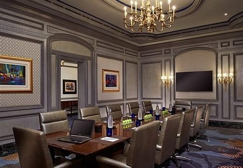 chair property Lobby living room function hall conference hall home recreation room mansion ballroom Suite