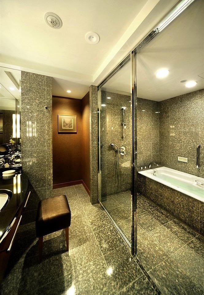 bathroom mirror property Lobby sink lighting home Suite flooring tiled