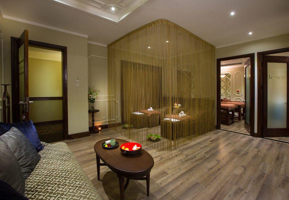 property building living room home hardwood Suite condominium Lobby wood flooring flooring mansion