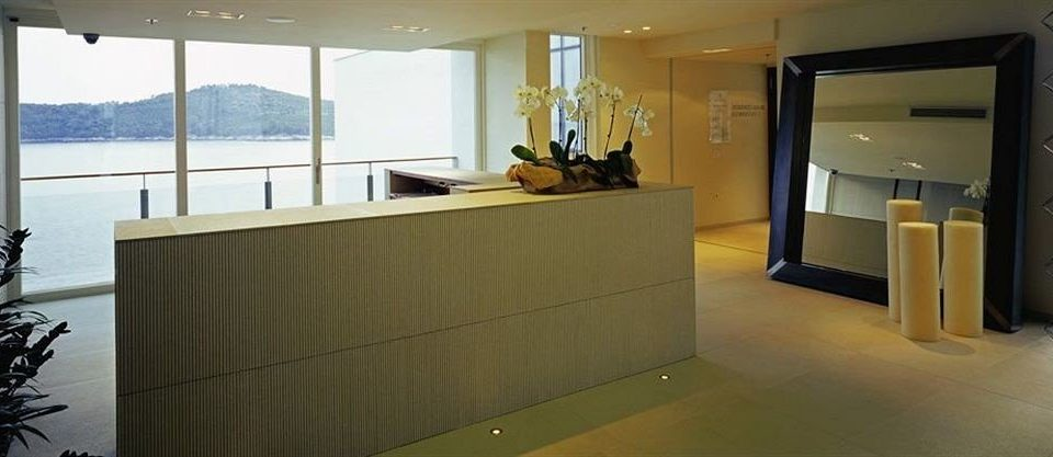 property building home condominium Suite Lobby flooring