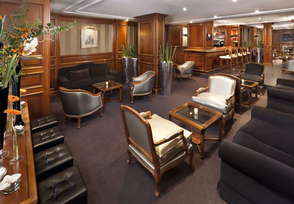 chair property Lobby Suite yacht living room vehicle restaurant leather