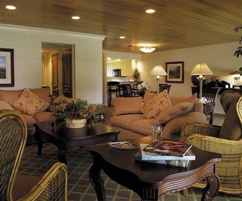 property living room home condominium Lobby Suite cottage leather