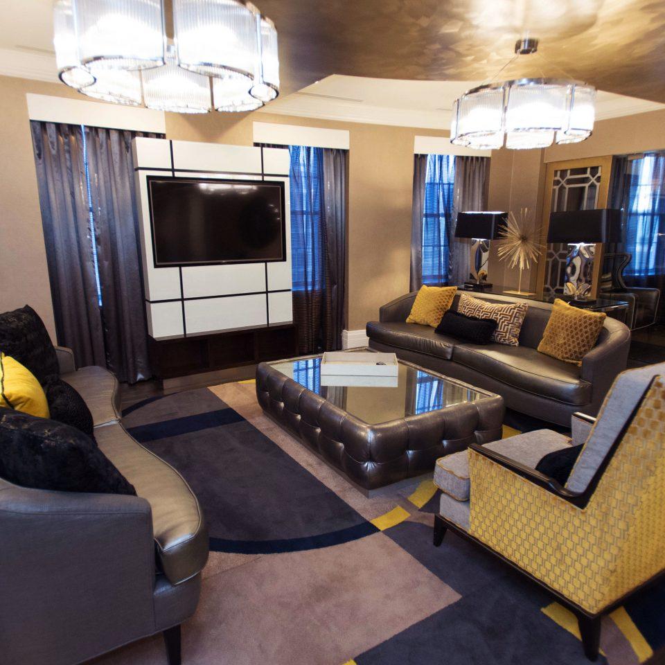 property living room condominium Suite home Lobby recreation room cottage