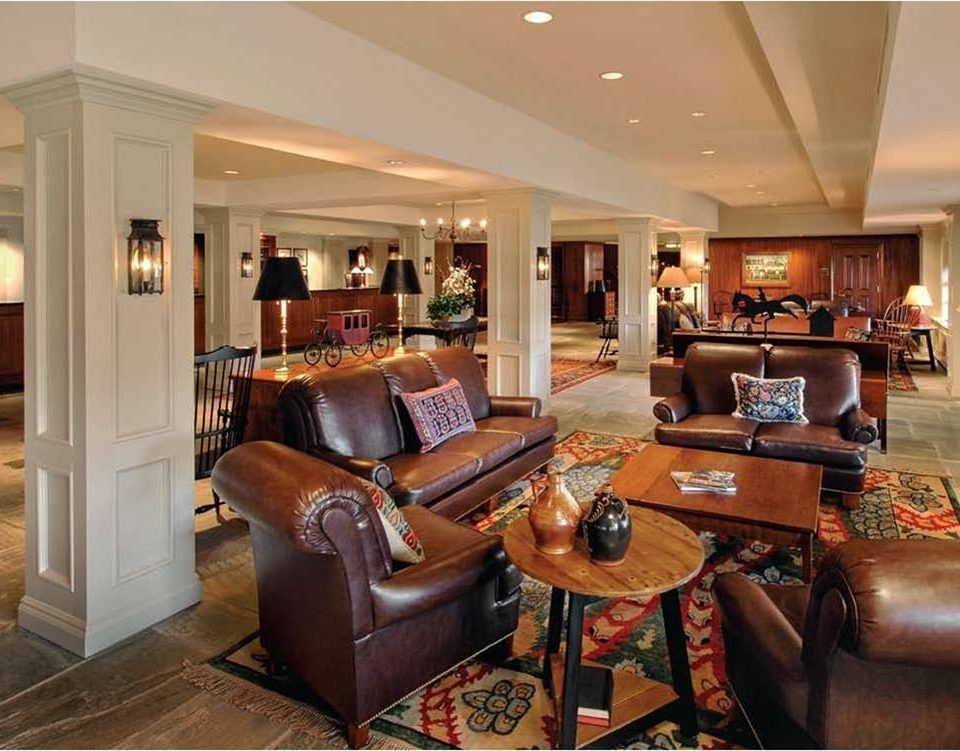 Lobby living room property home recreation room hardwood condominium mansion Suite leather