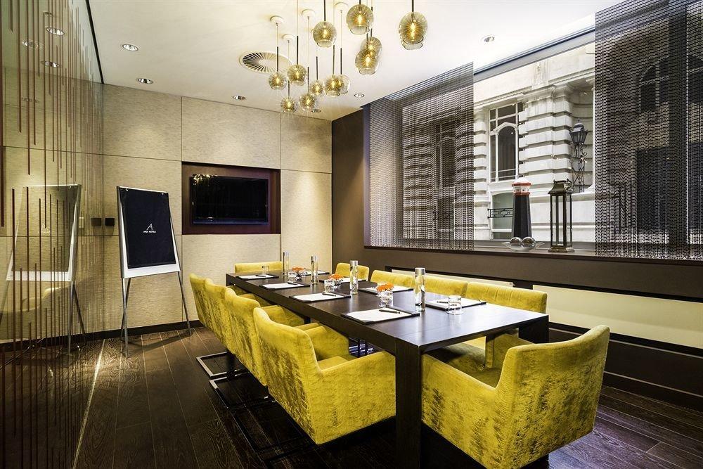 property restaurant home Lobby condominium Suite living room