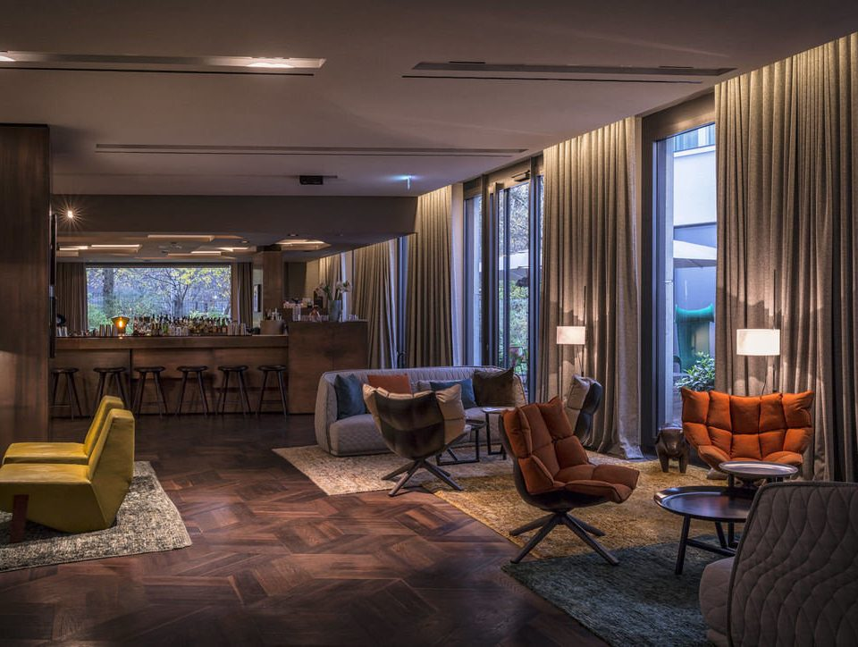 property living room Lobby condominium home Suite mansion recreation room