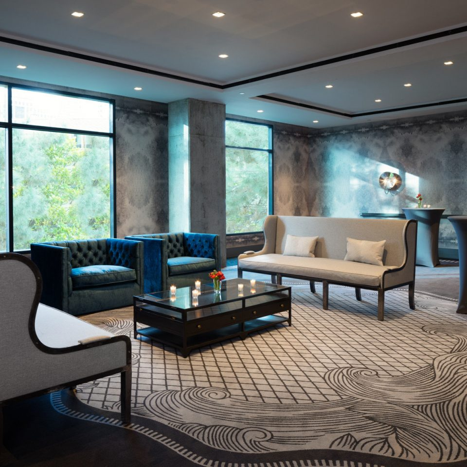 property living room yacht home condominium Suite vehicle Lobby