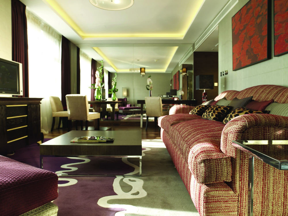 property living room condominium Suite home Lobby
