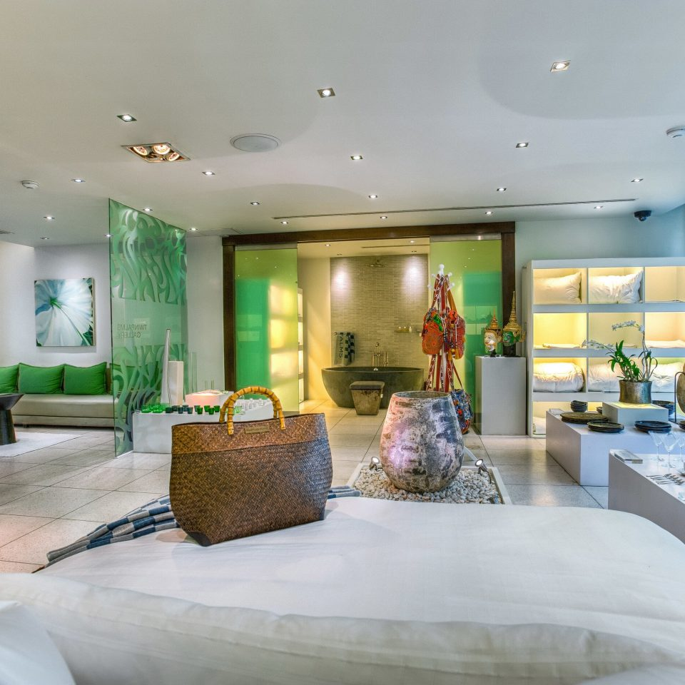 property living room Lobby condominium home mansion Suite