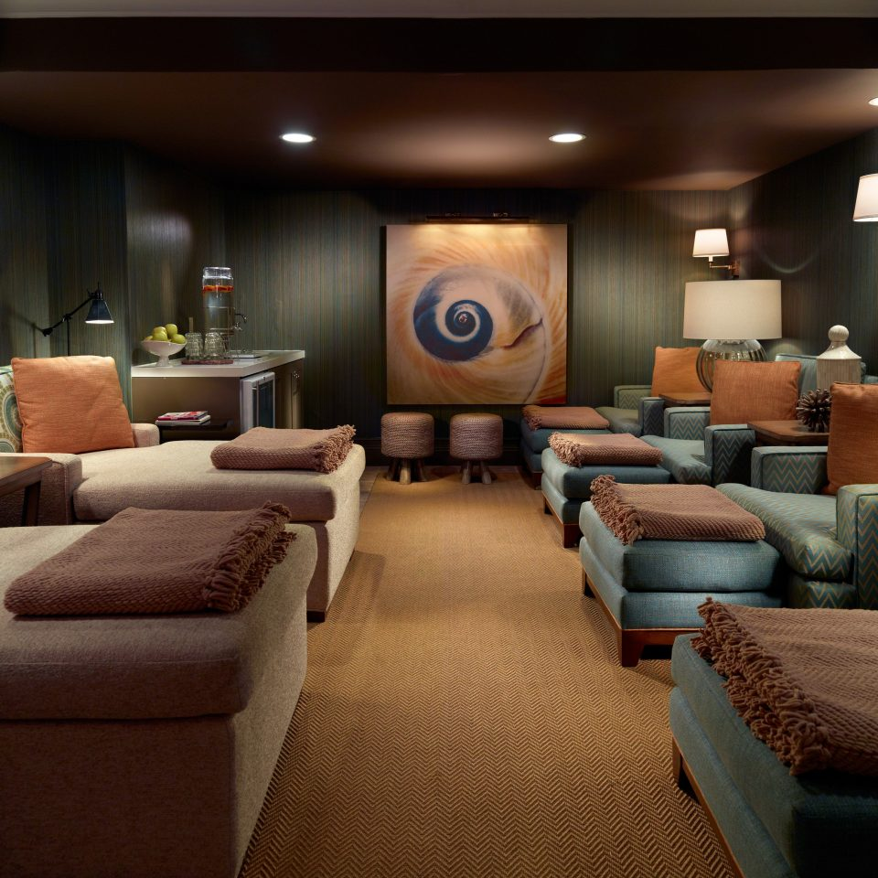 sofa property living room Lobby Suite green conference hall recreation room