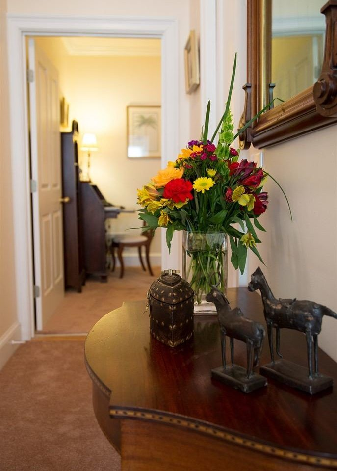 property home living room floristry plant Suite hall cottage Lobby