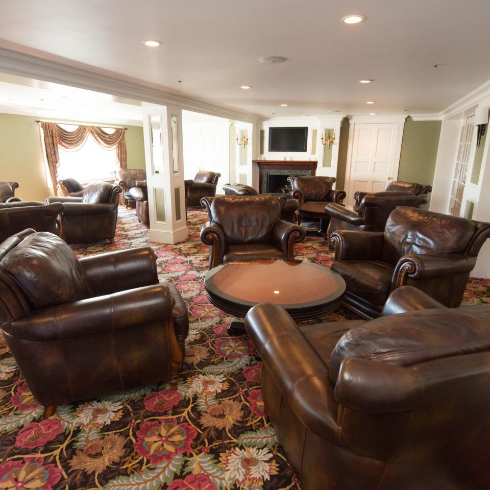 living room property home cottage Suite Lobby leather