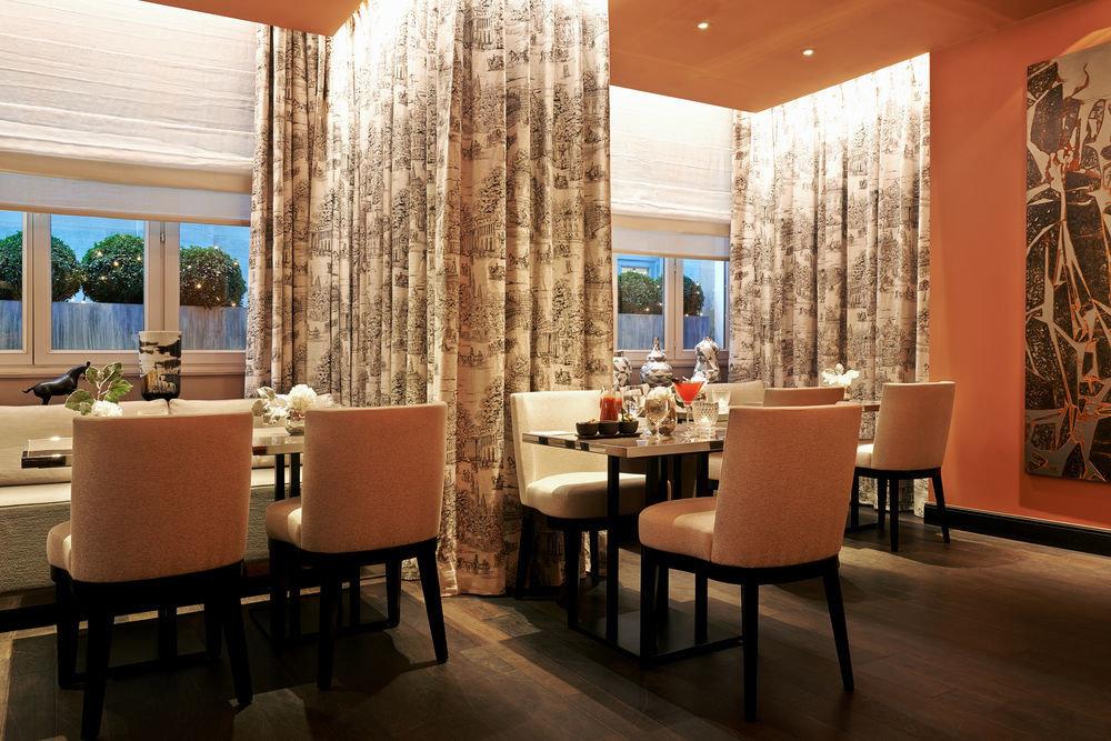 property Lobby restaurant Suite living room