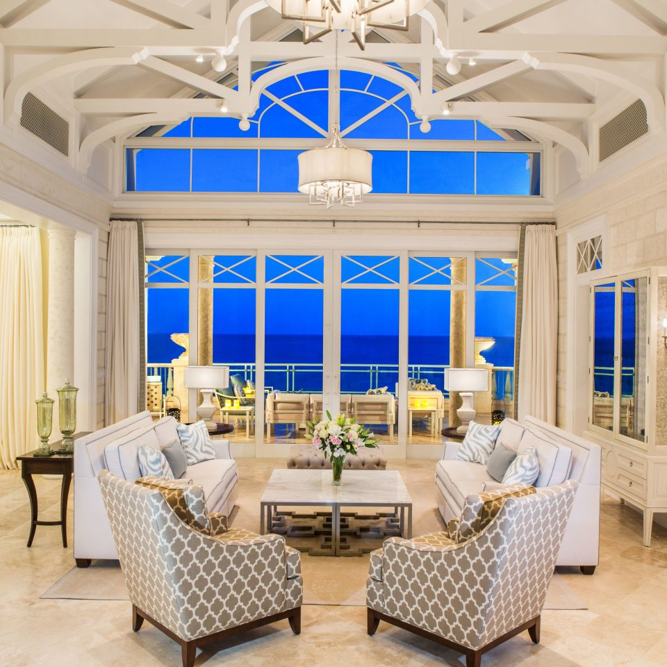 property living room Lobby mansion home palace Villa Suite function hall ballroom tub