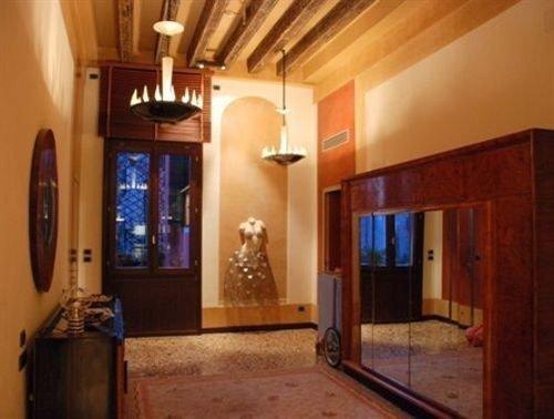 property building mansion home hacienda Villa cottage Lobby Suite