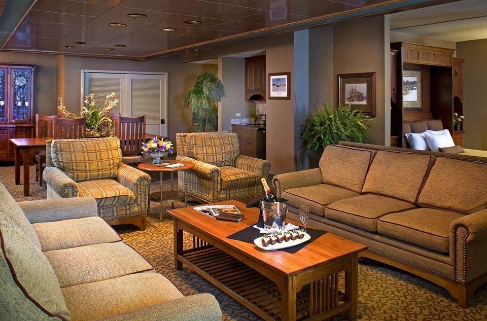 sofa living room property home Lobby Suite condominium cottage Villa mansion