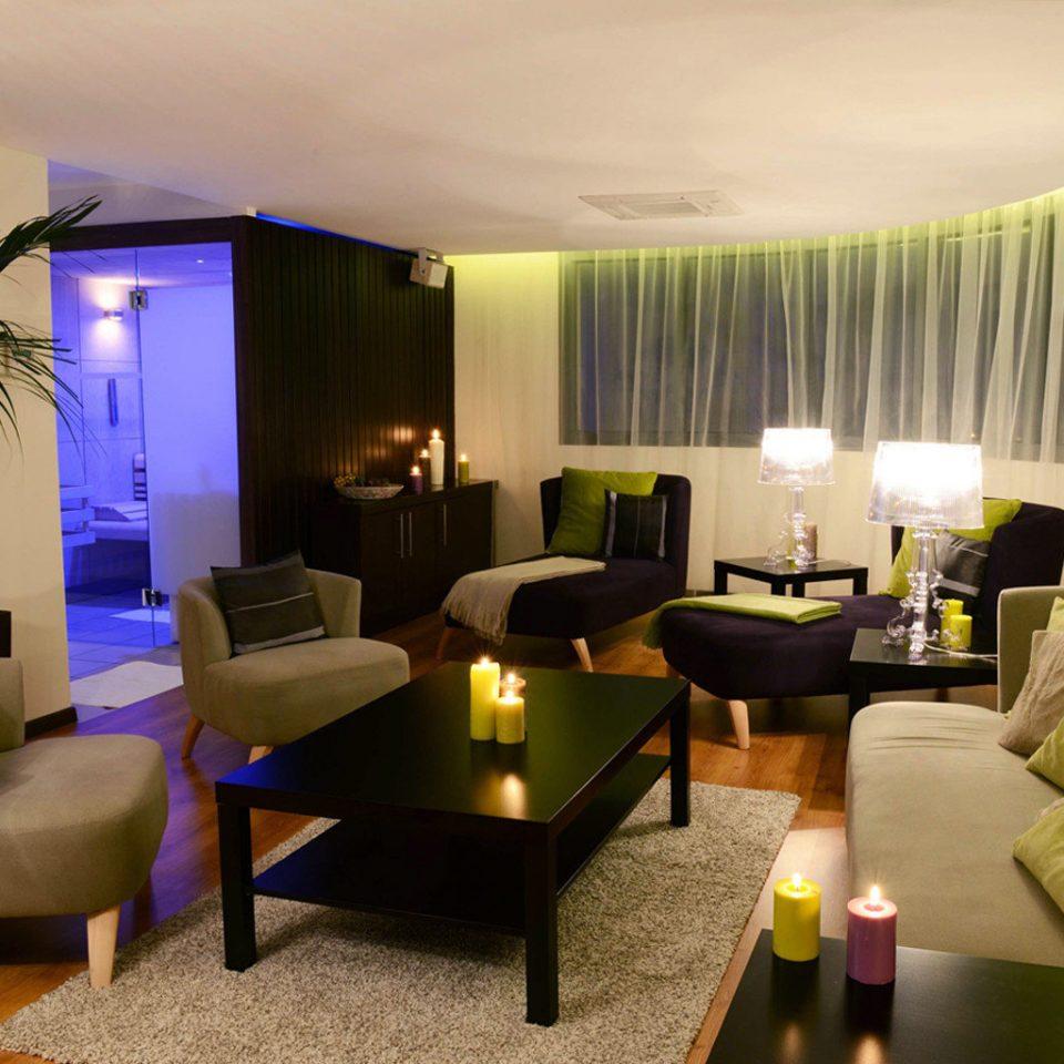property living room Suite home Lobby Villa condominium