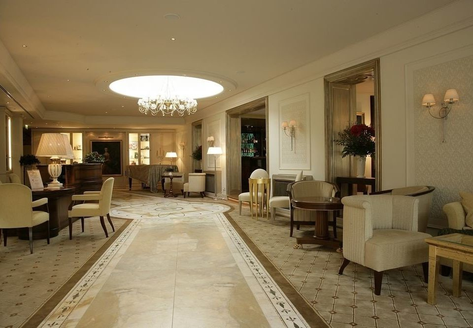 Lobby property living room home mansion lighting Suite condominium Villa