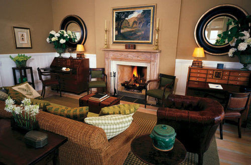 living room property home cottage Villa mansion Suite Lobby condominium