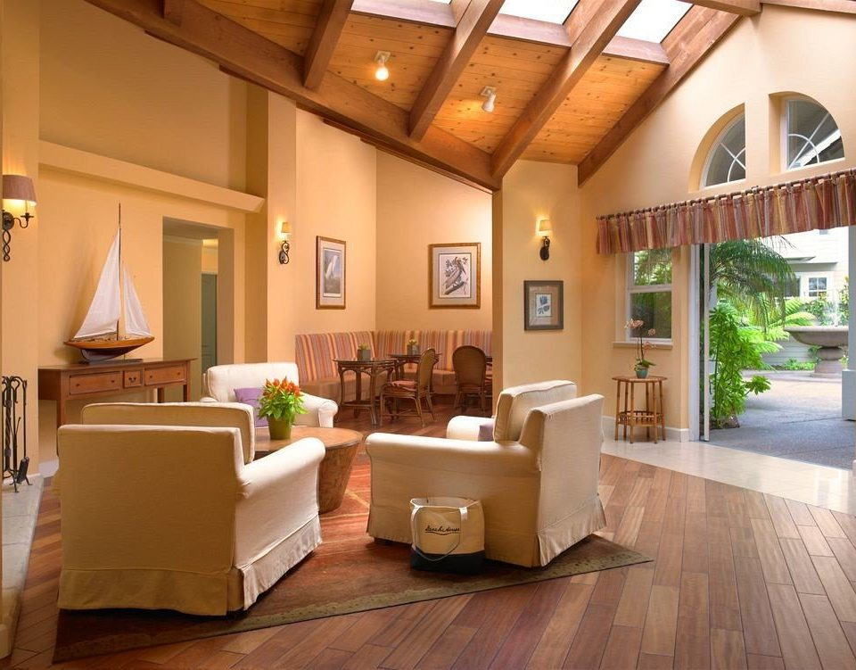 property living room home Lobby hardwood Villa cottage condominium wood flooring mansion Suite