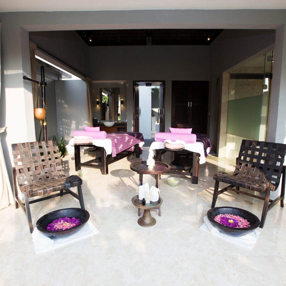 property home condominium Suite Lobby living room Villa cottage