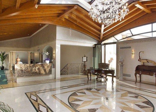 property living room home mansion hardwood Lobby flooring daylighting farmhouse wood flooring Villa dining table