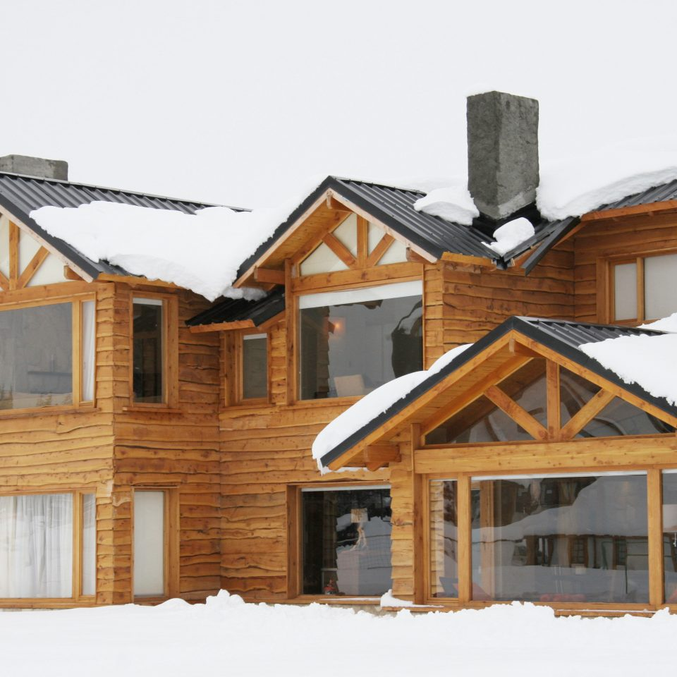 Lodge Mountains Rustic Ski building snow house log cabin home siding property Winter residential area wooden cottage hut farmhouse roof shack suburb barn outdoor structure sugar house old