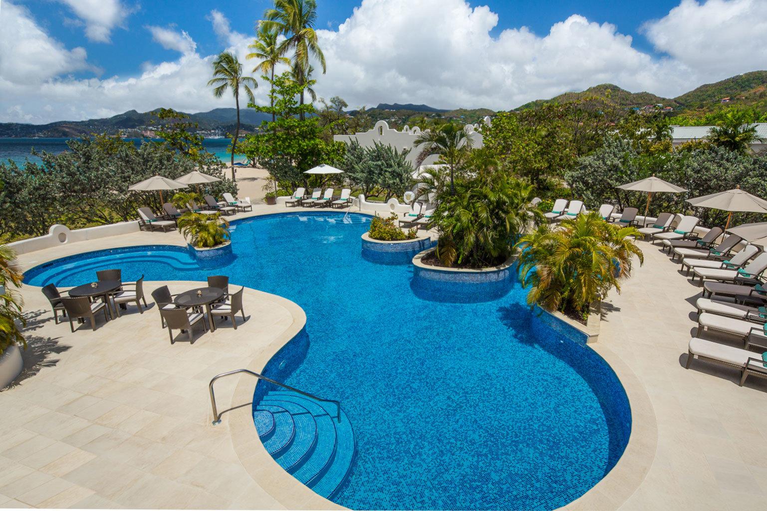 Lounge Luxury Modern Pool sky swimming pool property leisure Resort Water park Villa condominium resort town Nature backyard mansion sandy