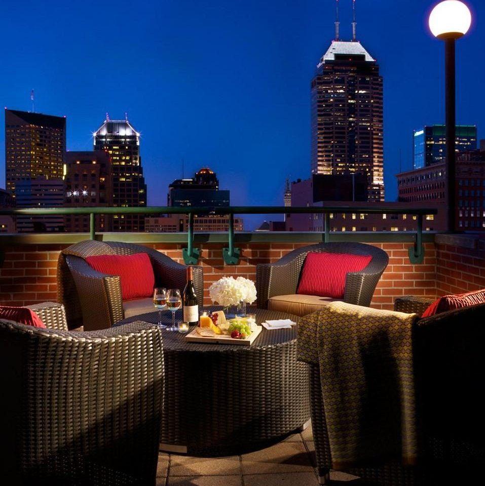 Lounge Luxury Modern sky skyline overlooking