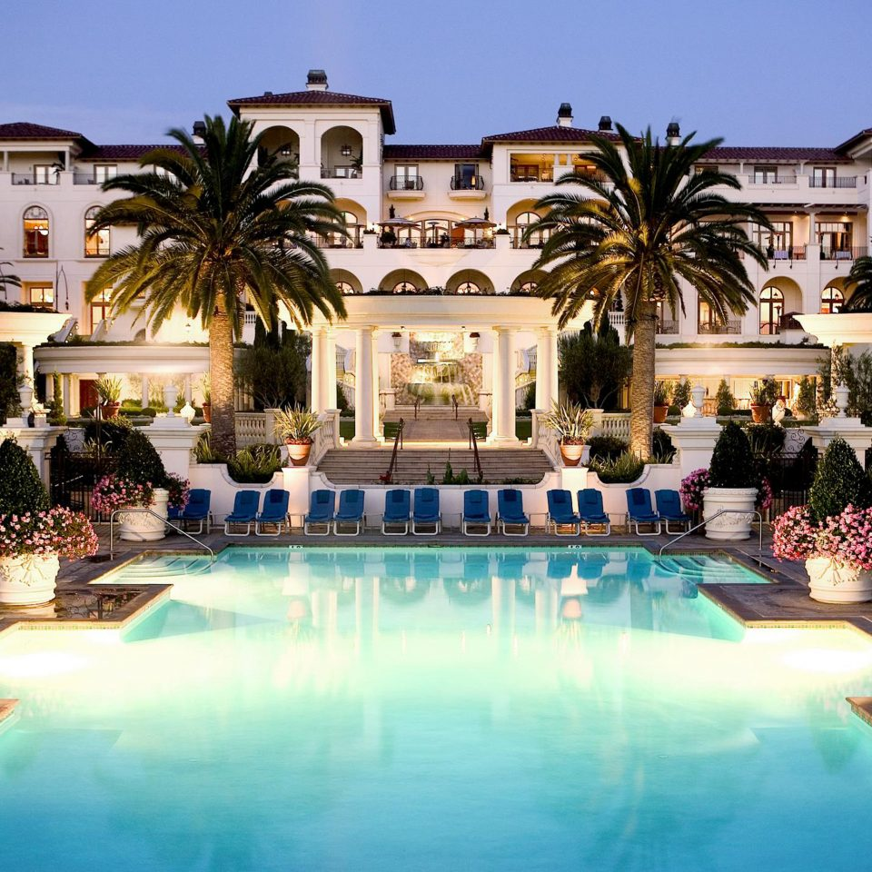 Lounge Luxury Modern Pool sky Resort swimming pool property leisure mansion palace home Villa backyard