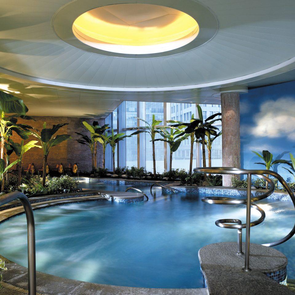 Lounge Luxury Modern Pool Scenic views swimming pool leisure property Resort lighting condominium backyard mansion dining table