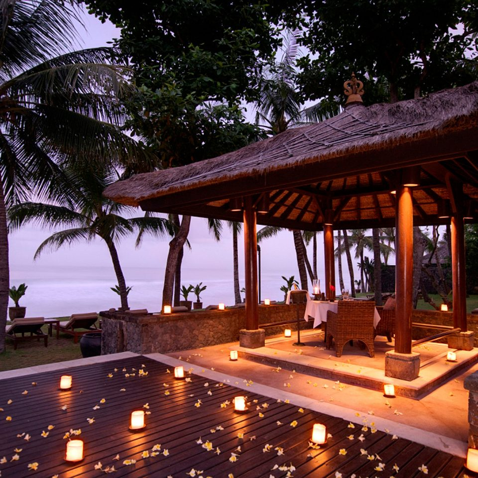 Lounge Luxury Modern Pool tree building Resort night lighting restaurant