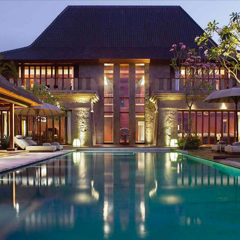 Lounge Luxury Modern Pool building property swimming pool Resort house home mansion Villa condominium palace backyard
