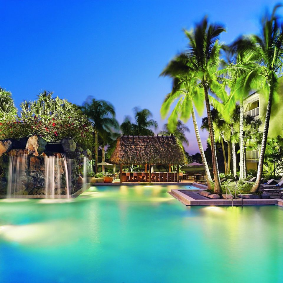Lounge Luxury Modern Pool sky tree water swimming pool leisure Resort arecales caribbean mansion tropics palm lined surrounded