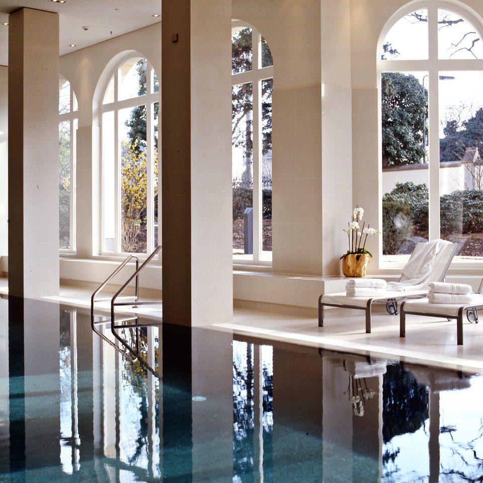 Lounge Luxury Modern Pool building home daylighting living room glass