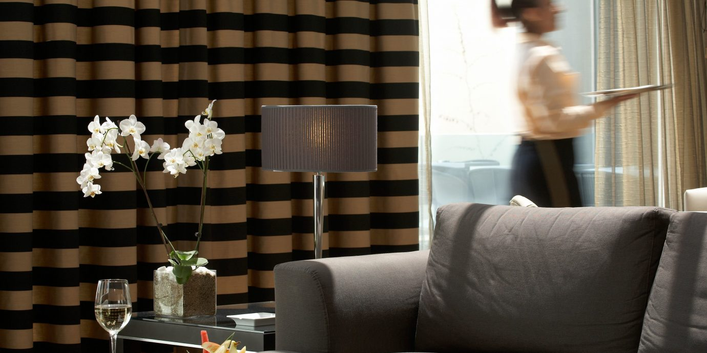 Lounge Luxury Modern Romantic sofa living room lighting home wallpaper