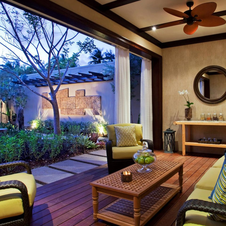 Lounge Luxury Patio Resort living room property home house Villa cottage Suite condominium mansion