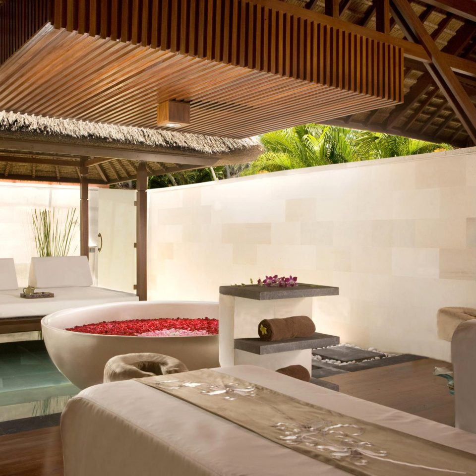 Lounge Luxury Pool property house home living room Villa cottage farmhouse loft Resort