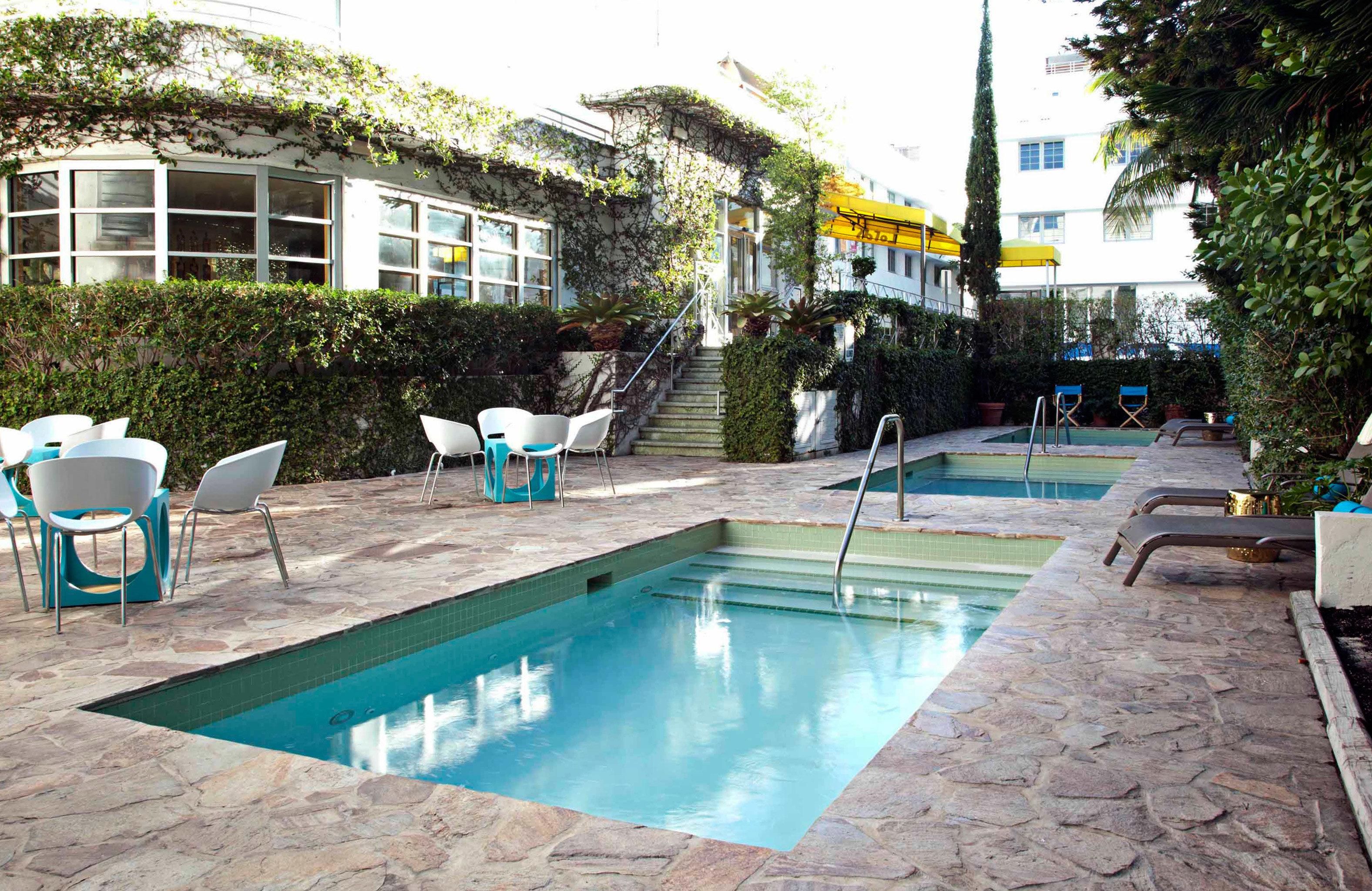 Lounge Luxury Pool tree ground swimming pool property leisure Resort condominium Villa backyard