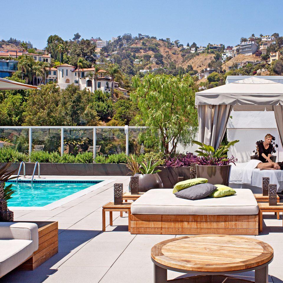 Lounge Luxury Pool tree sky property swimming pool Villa Resort home backyard cottage condominium mansion