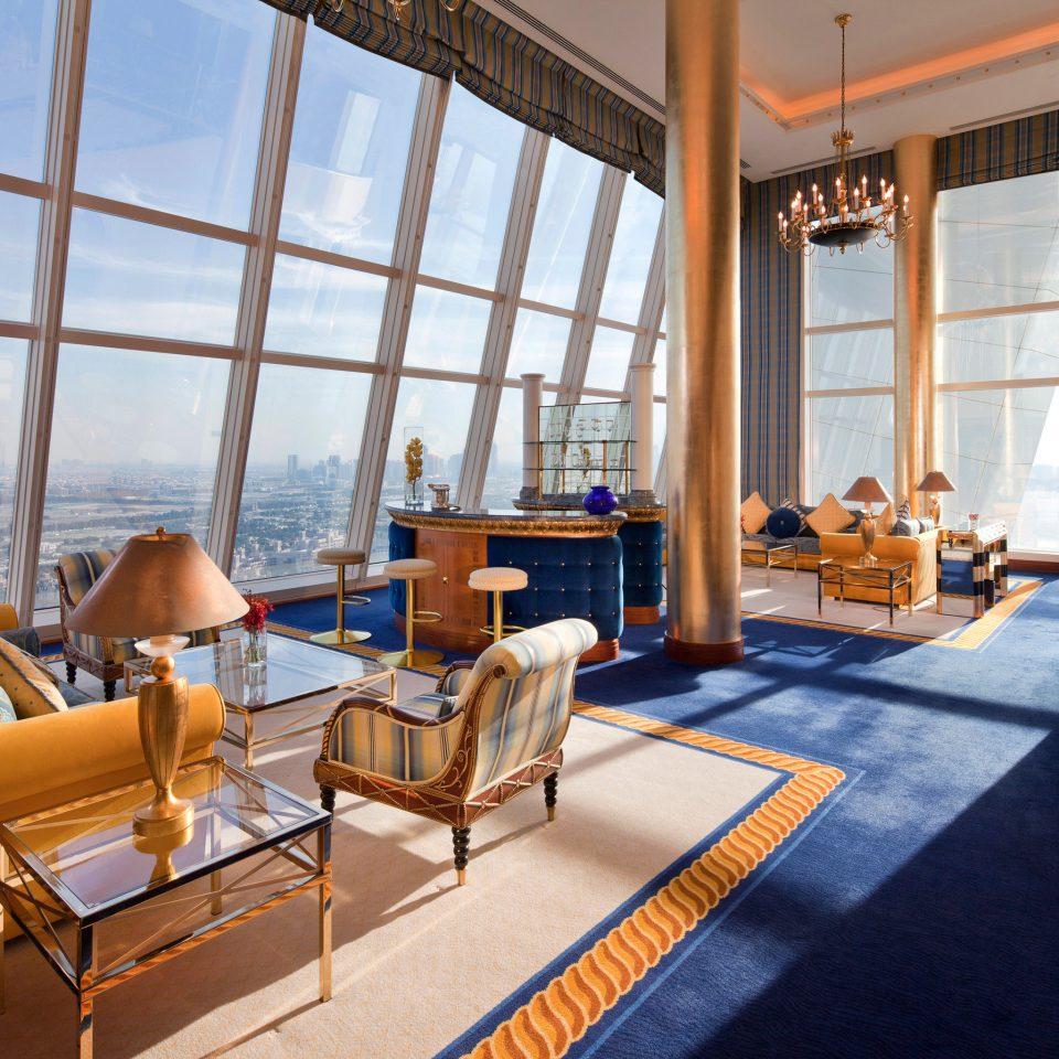 Lounge Luxury Scenic views property building Resort home Villa living room condominium Suite restaurant cottage mansion