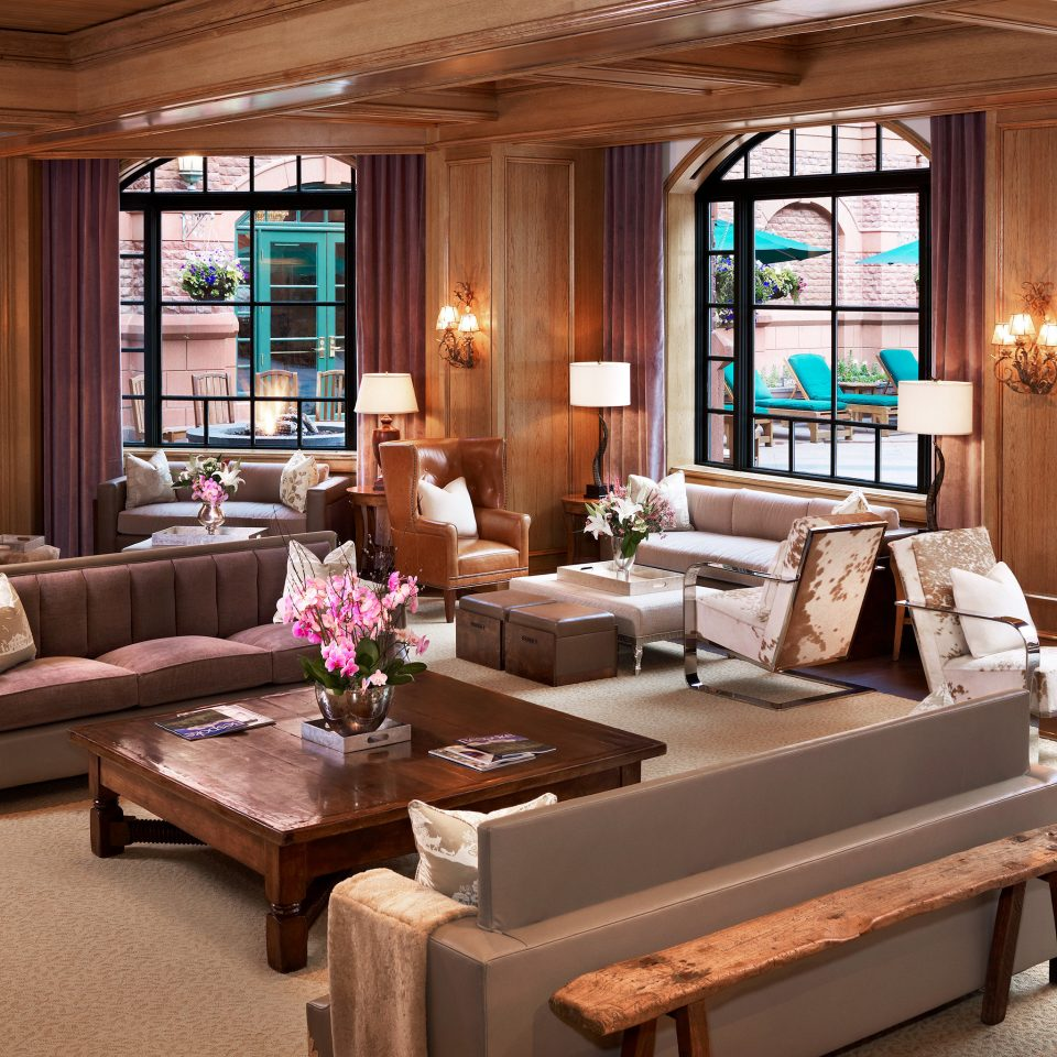 Lounge Luxury Resort sofa living room property home hardwood Suite mansion Villa cottage farmhouse