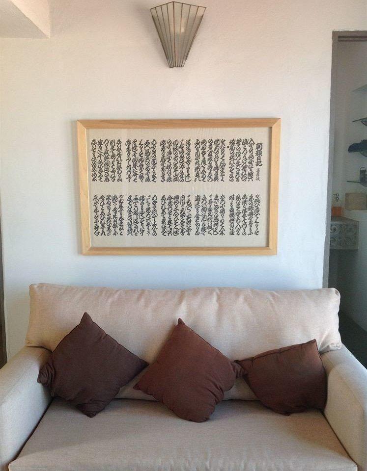 Lounge Luxury Romantic sofa property pillow living room home orange seat lamp tan painting
