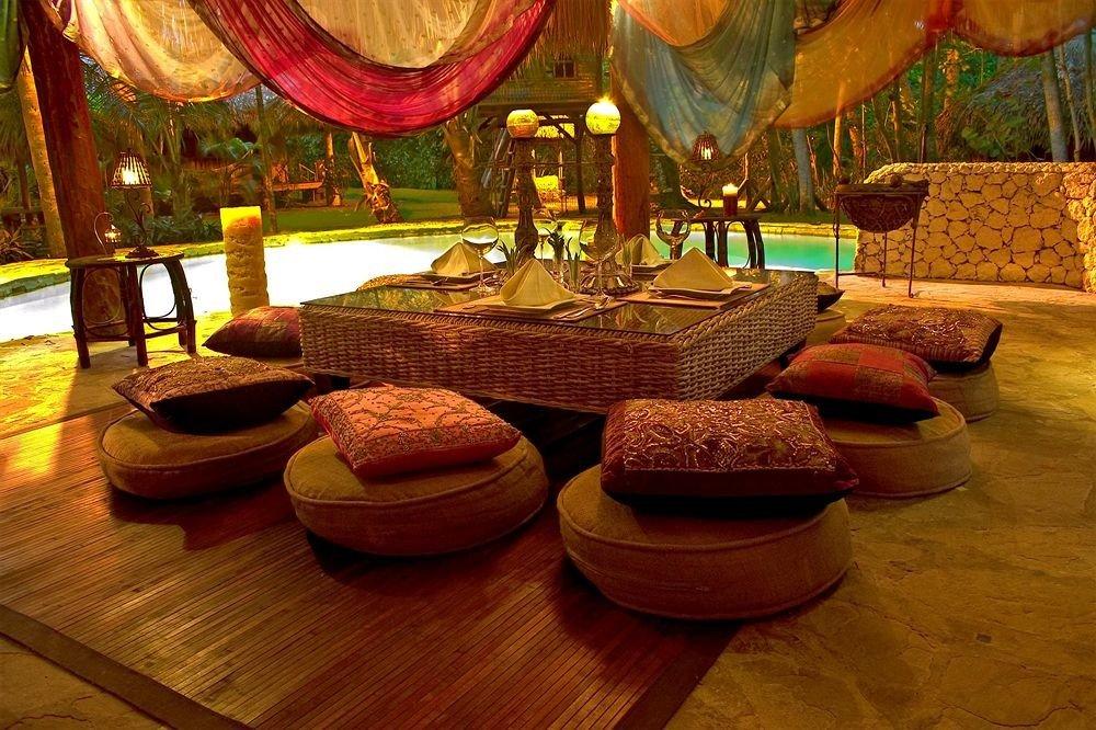 Lounge Luxury Romantic Tropical living room restaurant