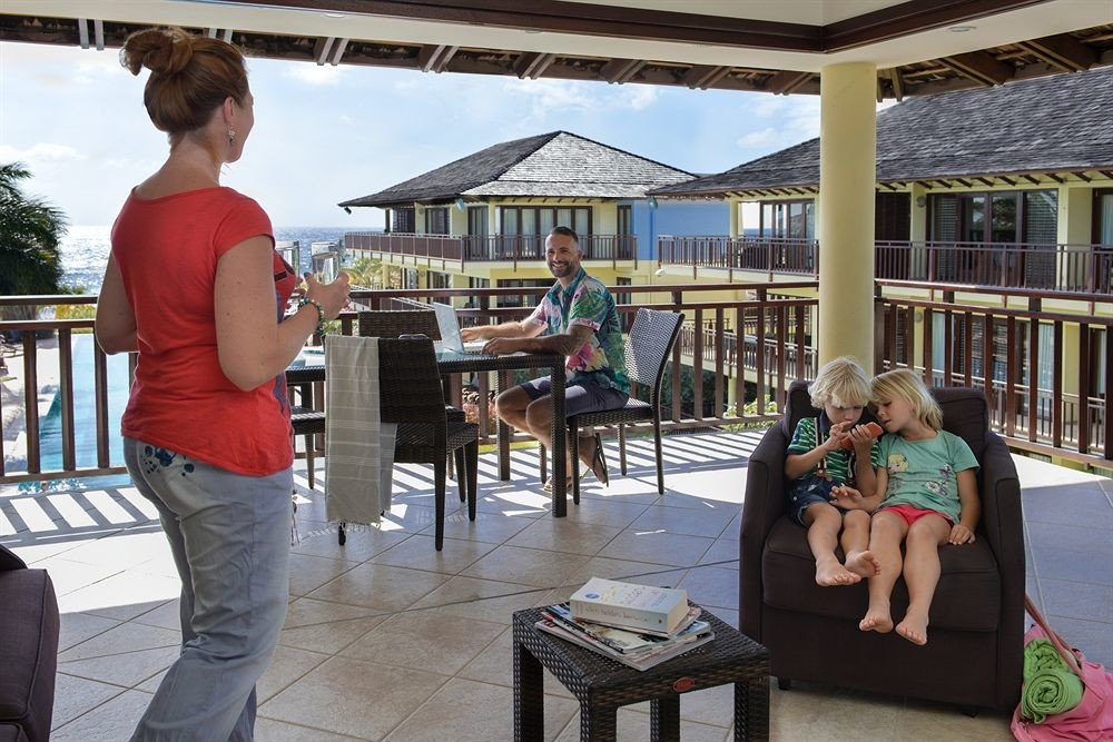 Lounge Luxury Tropical