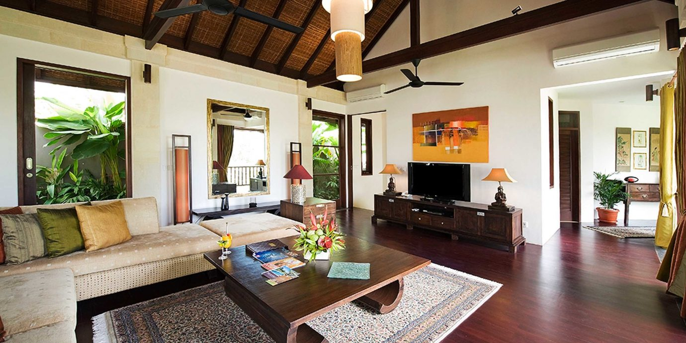 Lounge Luxury property living room home Villa hardwood cottage farmhouse mansion wood flooring